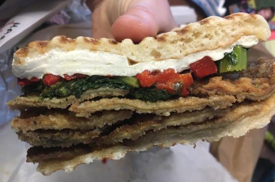 sandwich close.png